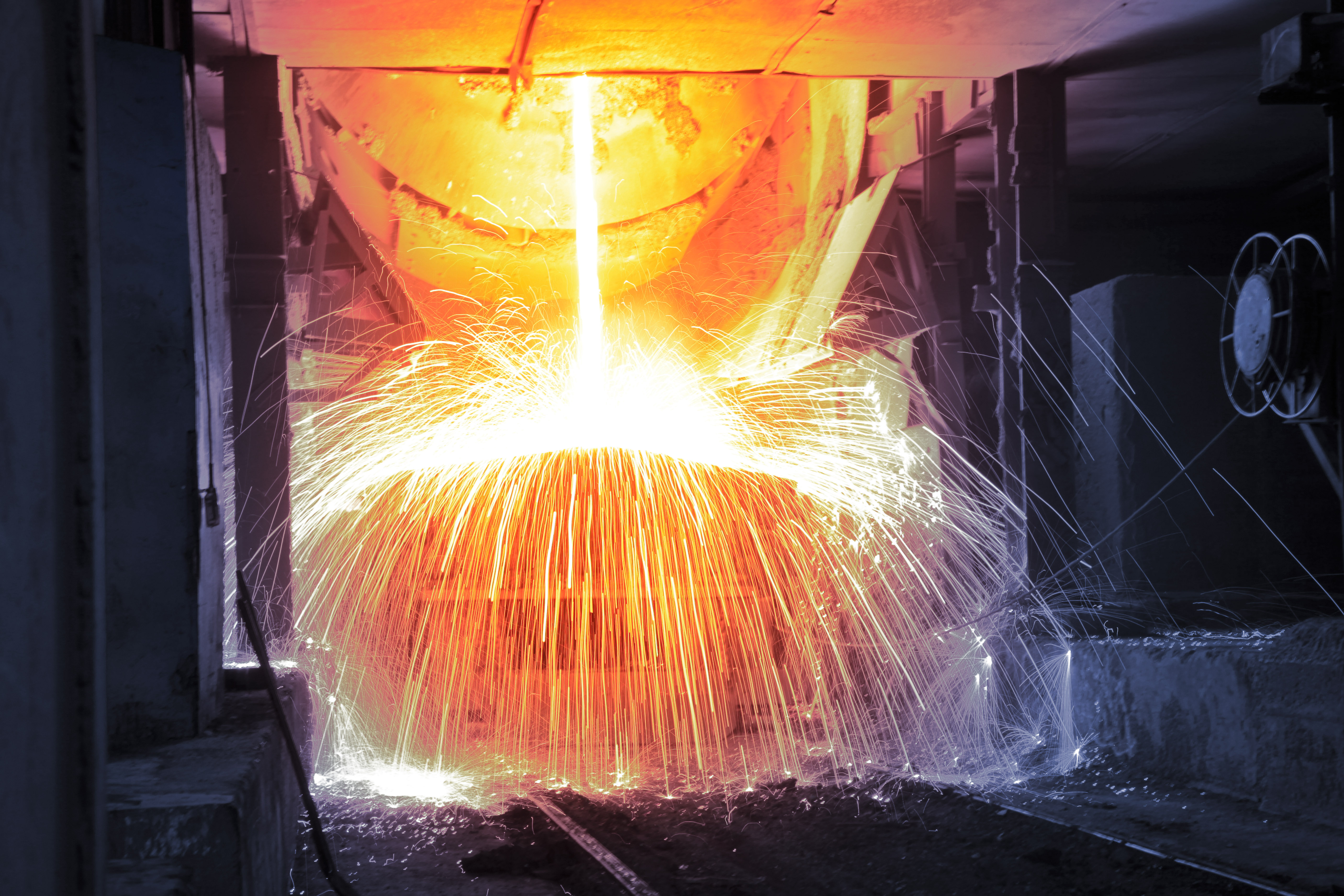 Steelworks increasingly consider rheological investigations of their melts to further improve their production processes.